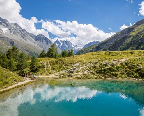 Lac Bleu D'Arolla, proche du complexe de résidence Dixence Resort en Valais, Suisse